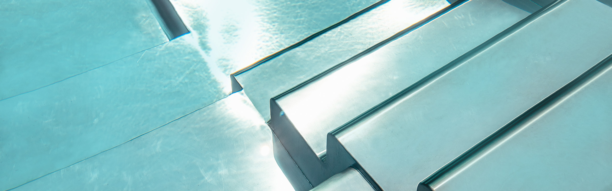 Piscine En Inox Steel And Style why choose a stainless steel pool? | aesthetics, hygiene and